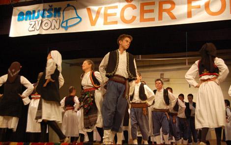 vecer_folklora_d7